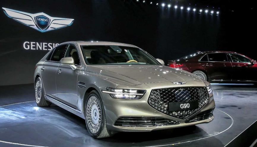 2020 Genesis G90